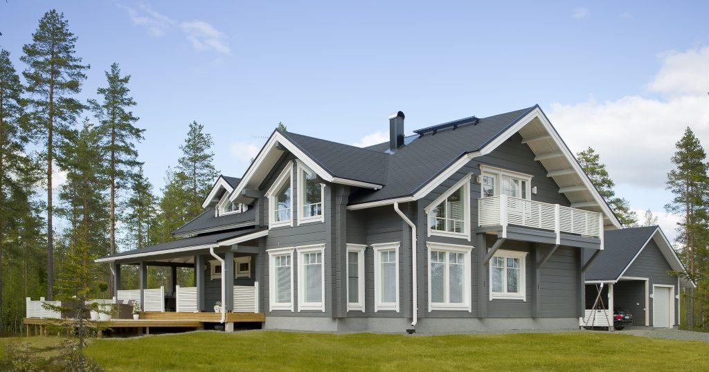 Scandinavian log homes